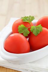 Tomaten in Schale