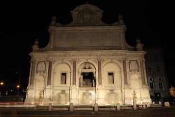 acqua Paola fountain at night