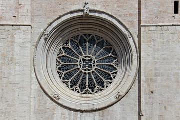 rosone della facciata del Duomo di Trento