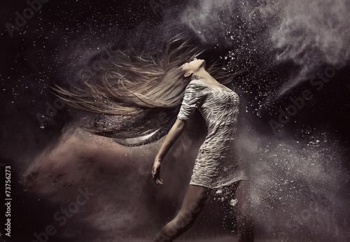 Aluminium Dans Fashion portrait of the ballet dancer