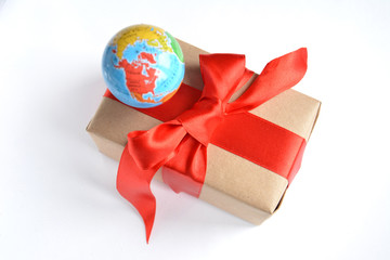 gift with globe