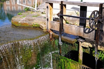 Cromford Mill sluice gate © Arena Photo UK