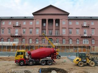 Baustelle vor dem Rathaus