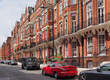 roleta: London street with parked cars