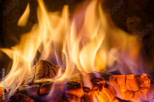 Zdjęcia na płótnie, fototapety, obrazy : Hot coals in the fire