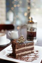 Десерт и кофе