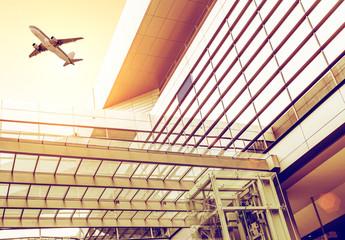 Terminal building and aircraft