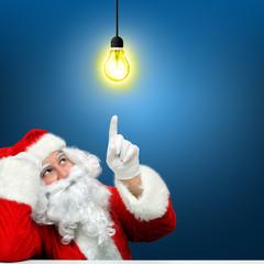 Weihnachtsmann mit Lampe