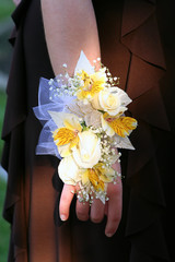 Corsage Vertical View