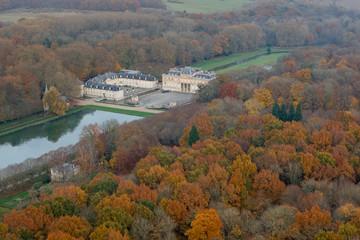 Le chateau du marais en automne