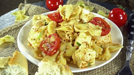 Seamless loopable Pasta Salad