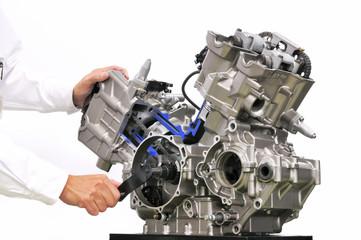 バイクエンジンのカットモデル