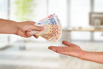 Hand, Geld, Lohn, Auszahlung