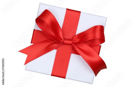 Geschenk mit Schleife von oben für Geschenke an Weihnachten, Ge - 73835052
