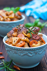 pork with carrots, pineapple, cashew nuts and chilli