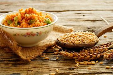 Buğday ve bulgur salatası