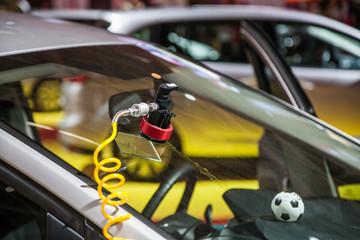 repair car windshield