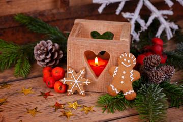 Weihnachten - Deko mit Laterne und Lebkuchen