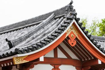 dachgiebel japanischer tempel