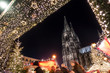 canvas print picture - Weihnachtsmarkt am Kölner Dom