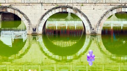 Brücke und Balon