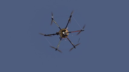 Hexacopter Drops Slowly
