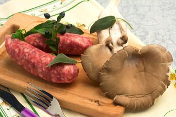 Salsiccia  e funghi