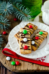 Christmas shortbread cookies with chocolate dragees