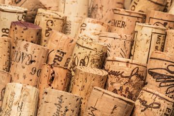 Weinflaschen korken