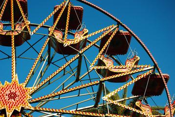 Fair fun in Luna Park