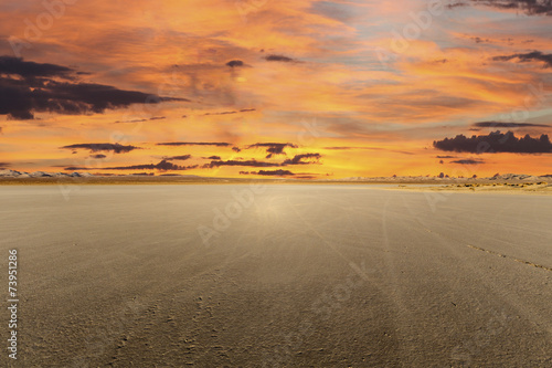Foto op Plexiglas Zandwoestijn El Mirage Dry Lake Sunset