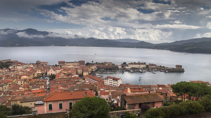 Elba port