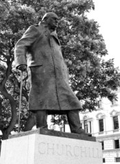 Statue depicting Winston Churchill