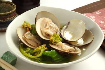 蛤と菜の花の酒蒸し 日本酒
