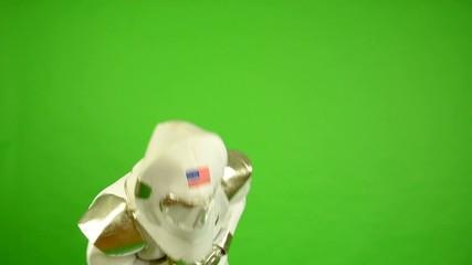 astronaut suffocate - green screen