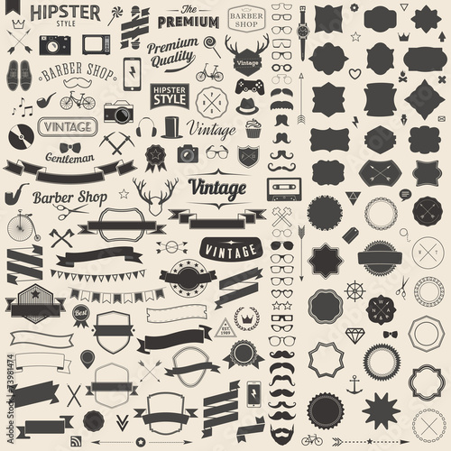 Fotobehang Hipster Hert Huge set of vintage styled design hipster icons Vector signs and symbols templates for your design Largest set of phone, gadgets, sunglasses, mustache, ribbons infographcs element and other thing