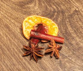 Star anis, cinnamon and orange