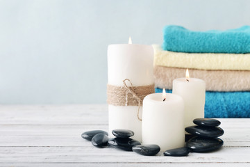 Candles with towels