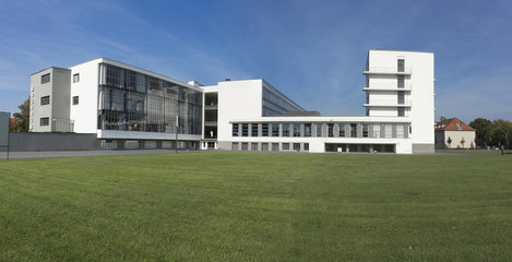 Bauhaus-Totale