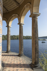 Säulen an der Havel