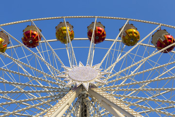 Gondeln am Riesenrad