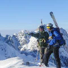 Zwei Freerider am Gipfel