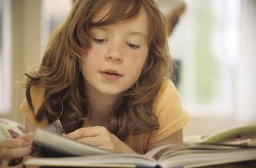 Mädchen Lesebuch, close-up, Buch, lesen