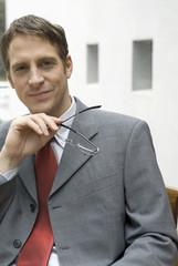 Portrait Geschäftsmann im Büro