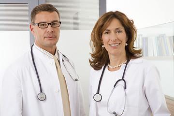 Ärztin und Arzt