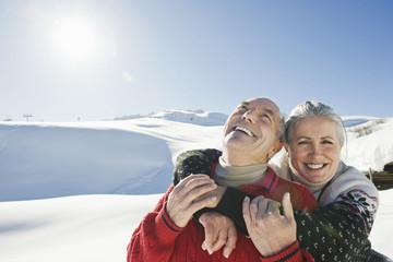 Italien, Südtirol, Seiseralm, Senioren Paar, Winterlandschaft, Porträt, Nahaufnahme