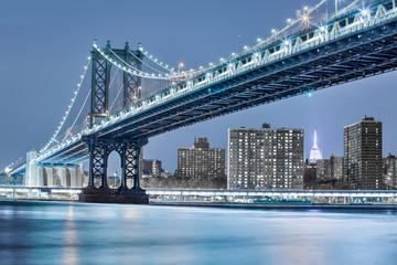 Manhattan bridge night view