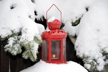 Weihnachten Laterne im Schnee