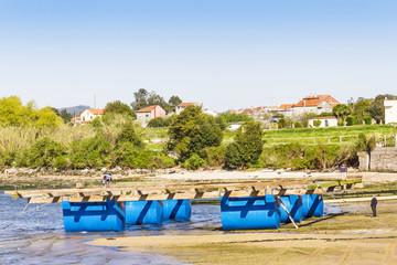 Aquaculture mussel raft in construction