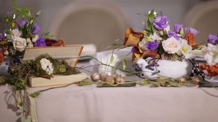 Details decoration table with flowers